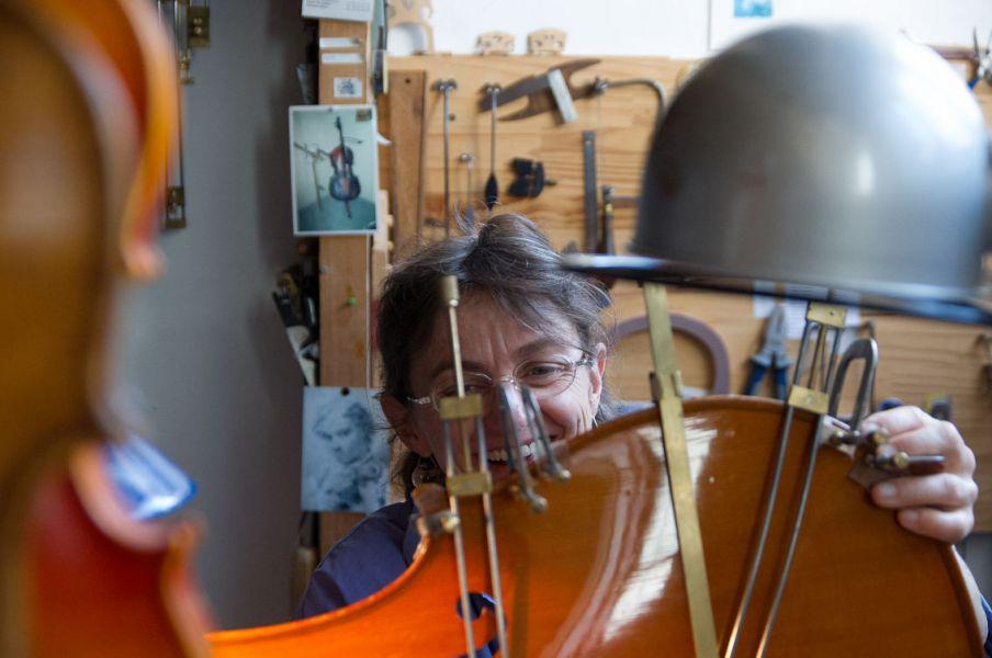 réparation de violoncelle